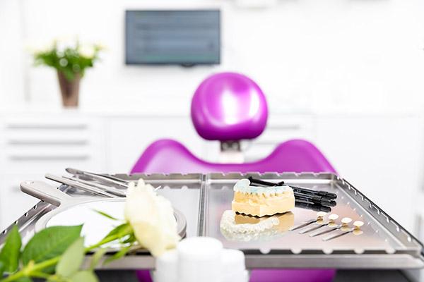 Kosmetische Behandlung Zahnarzt Jena